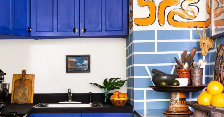 Furniture Spray Painting